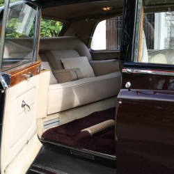 Rolls Royce Caption